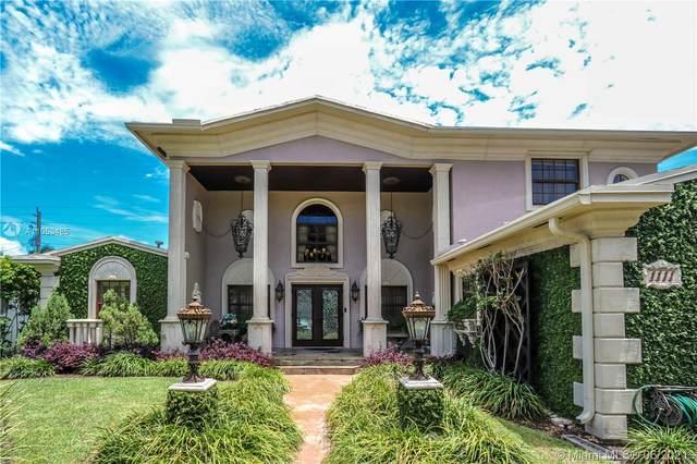 1111 Washington St, Hollywood, FL 33019 (MLS #A11053485) :: Berkshire Hathaway HomeServices EWM Realty