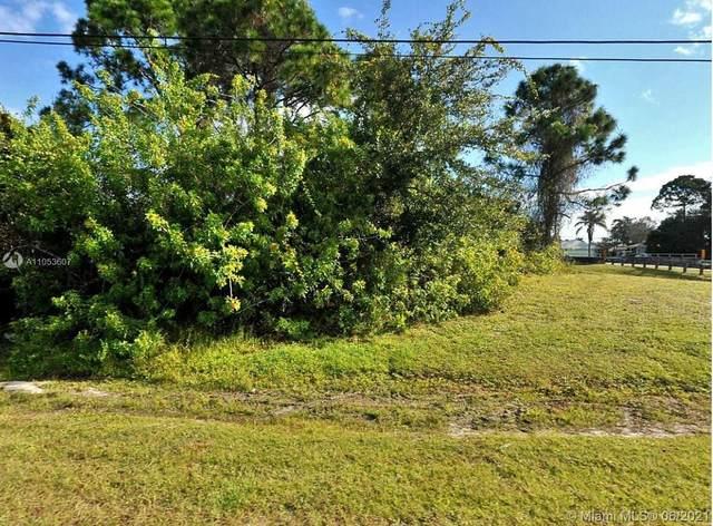 172 N Wakefield Cir, Port Saint Lucie, FL 34953 (MLS #A11053607) :: Douglas Elliman