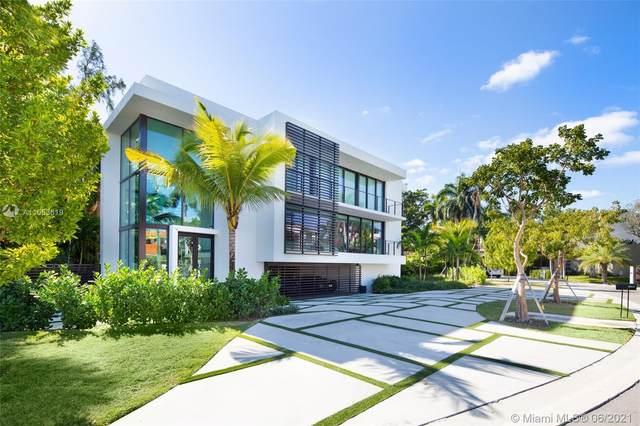 420 N Hibiscus Dr, Miami Beach, FL 33139 (MLS #A11053619) :: CENTURY 21 World Connection