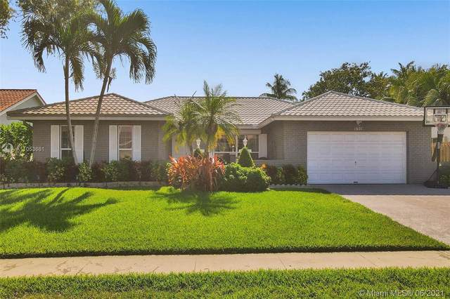 1601 NW 99th Ave, Plantation, FL 33322 (MLS #A11053661) :: The Teri Arbogast Team at Keller Williams Partners SW