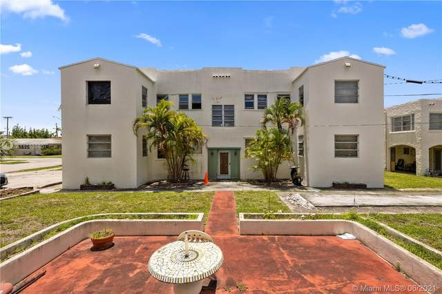 1015 S 17th Ave, Hollywood, FL 33020 (MLS #A11053680) :: KBiscayne Realty