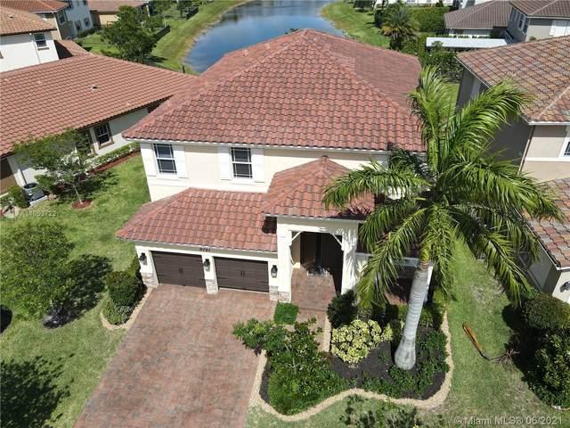 9761 S Miralago Way, Parkland, FL 33076 (MLS #A11053722) :: Berkshire Hathaway HomeServices EWM Realty