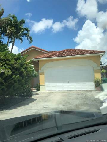 2861 SW 149th Pl, Miami, FL 33185 (MLS #A11053753) :: The Riley Smith Group