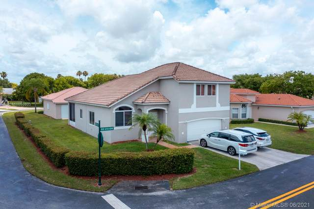 542 SE 23rd Dr, Homestead, FL 33033 (MLS #A11053803) :: The Riley Smith Group