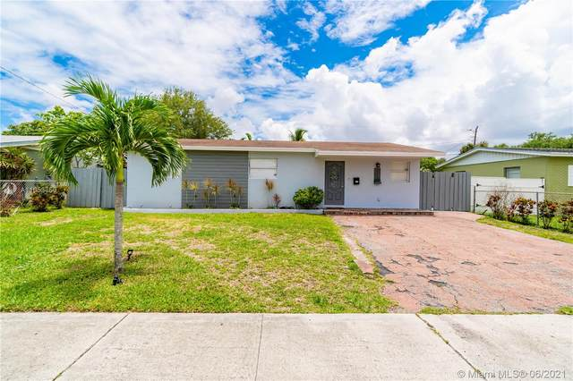 6460 Meade St, Hollywood, FL 33024 (MLS #A11053850) :: Berkshire Hathaway HomeServices EWM Realty