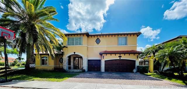 4536 SW 161st Ave, Miami, FL 33185 (MLS #A11053927) :: Berkshire Hathaway HomeServices EWM Realty