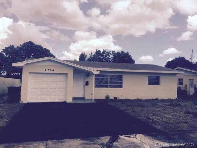 2700 NW 35th Ter, Lauderdale Lakes, FL 33311 (MLS #A11054045) :: The Pearl Realty Group