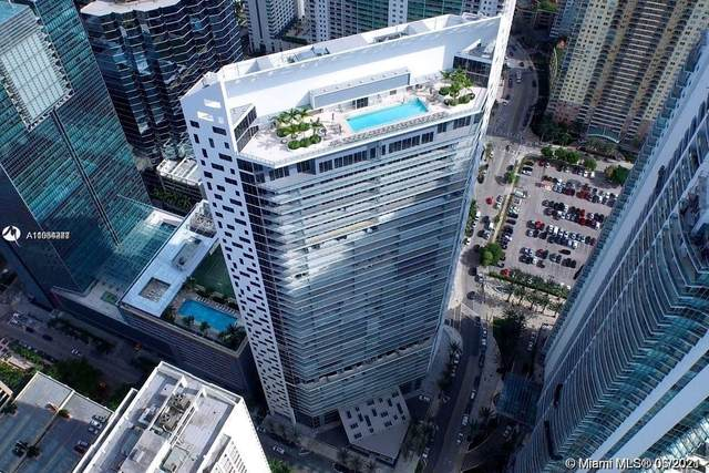 1300 Brickell Bay Dr #1712, Miami, FL 33131 (MLS #A11054248) :: The Rose Harris Group