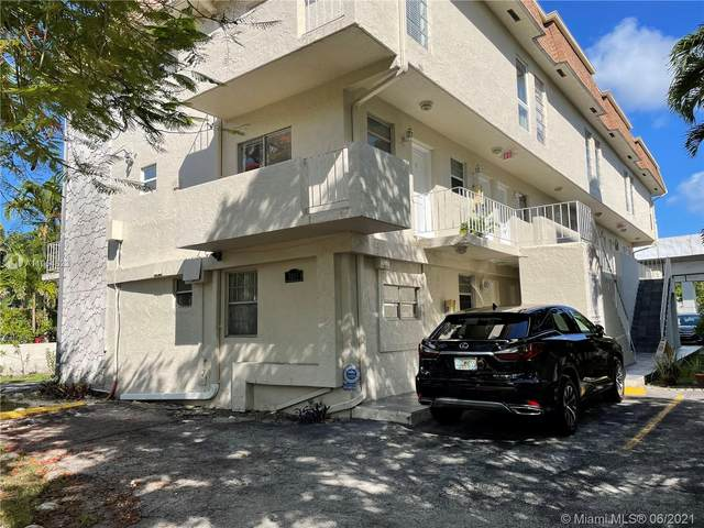 3011 SW 1st Ave #1, Miami, FL 33129 (MLS #A11054323) :: Castelli Real Estate Services