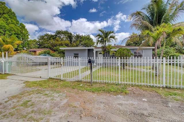 12825 W Randall Park Dr, Miami, FL 33167 (MLS #A11054543) :: Jo-Ann Forster Team