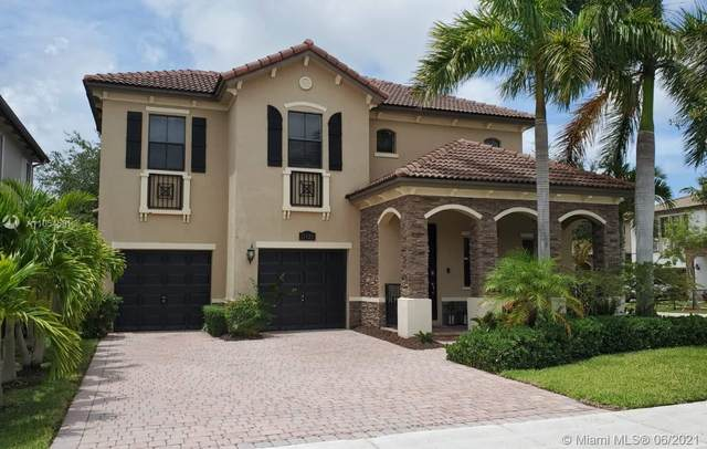 11425 SW 242nd Ln, Homestead, FL 33032 (MLS #A11054581) :: Berkshire Hathaway HomeServices EWM Realty