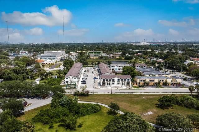 3635 SW 62nd Ave #35, Miramar, FL 33023 (MLS #A11054621) :: Berkshire Hathaway HomeServices EWM Realty