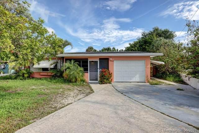 1535 NE Hilltop Street #1535, Jensen Beach, FL 34957 (MLS #A11054632) :: The Riley Smith Group