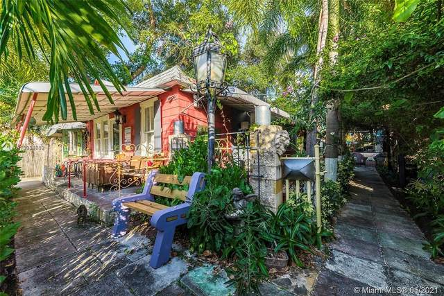 218 NW 1st Ave, Dania Beach, FL 33004 (MLS #A11054712) :: The Riley Smith Group
