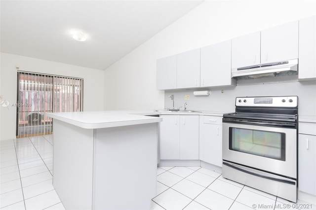 11488 NW 91st Ct, Hialeah Gardens, FL 33018 (MLS #A11054809) :: The Riley Smith Group
