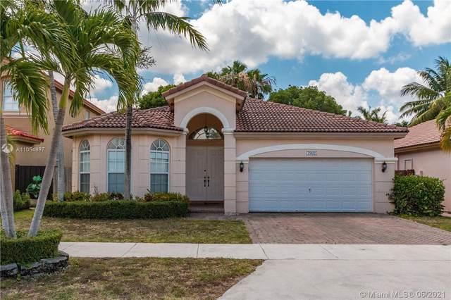 7902 NW 113th Pl, Doral, FL 33178 (MLS #A11054987) :: Berkshire Hathaway HomeServices EWM Realty