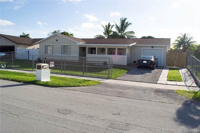 26300 SW 131st Ct, Homestead, FL 33032 (MLS #A11055201) :: Berkshire Hathaway HomeServices EWM Realty