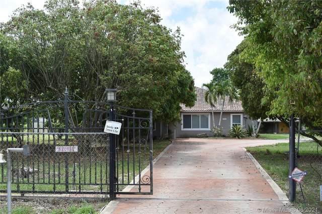 20904 SW 328th St, Homestead, FL 33030 (MLS #A11055208) :: Berkshire Hathaway HomeServices EWM Realty