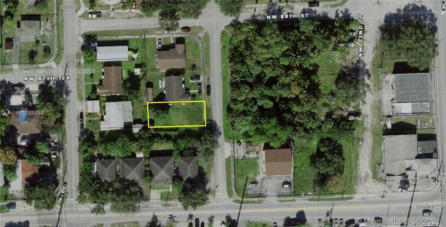 8746 NW 22nd Pl, Miami, FL 33147 (MLS #A11055416) :: Castelli Real Estate Services