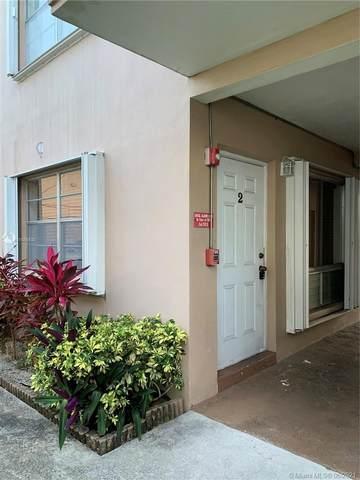 3600 Monroe St #2, Hollywood, FL 33021 (MLS #A11055530) :: Berkshire Hathaway HomeServices EWM Realty