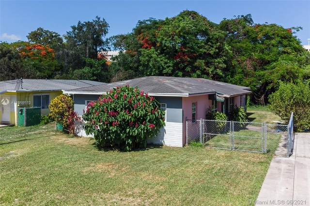 7321 SW 63rd Ct, South Miami, FL 33143 (MLS #A11055570) :: The Howland Group