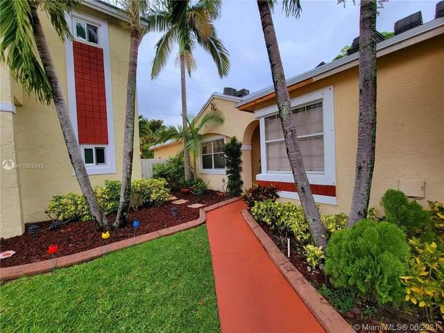 800 NW 99th Ave, Plantation, FL 33324 (MLS #A11055642) :: Berkshire Hathaway HomeServices EWM Realty