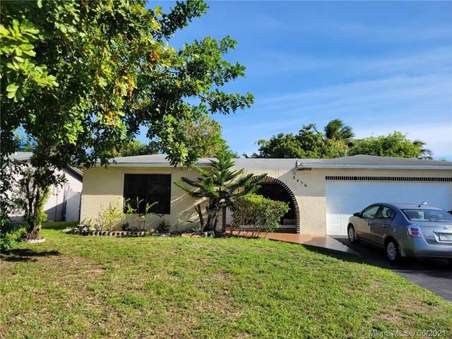 8456 N Windsor Dr, Miramar, FL 33025 (MLS #A11055747) :: Berkshire Hathaway HomeServices EWM Realty