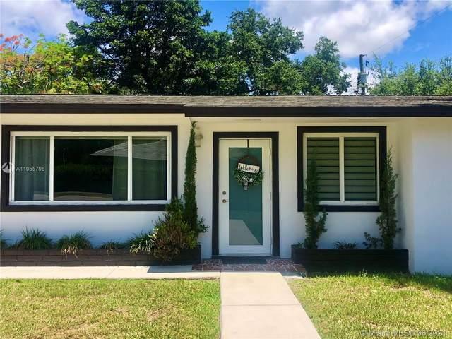 7841 SW 100th St, Miami, FL 33156 (MLS #A11055796) :: Douglas Elliman