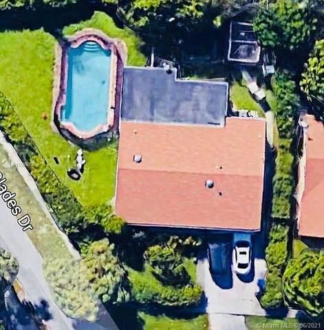 1150 NE 179th St, North Miami Beach, FL 33162 (MLS #A11055967) :: Berkshire Hathaway HomeServices EWM Realty