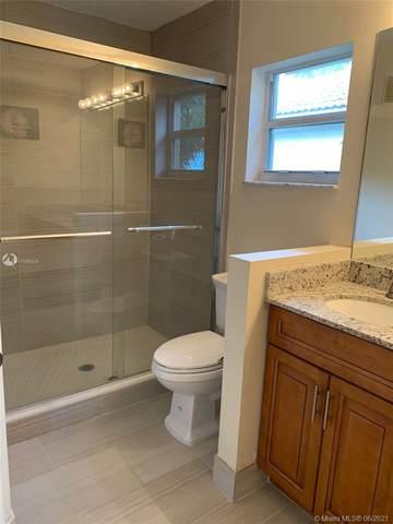 733 SW 122nd Ave #733, Pembroke Pines, FL 33025 (MLS #A11056006) :: Douglas Elliman
