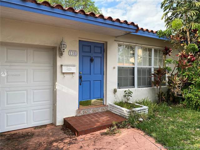 1101 NE 5th St, Hallandale Beach, FL 33009 (MLS #A11056023) :: Berkshire Hathaway HomeServices EWM Realty