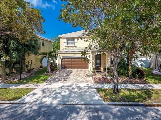 5372 SW 155th Ave, Miramar, FL 33027 (MLS #A11056081) :: All Florida Home Team