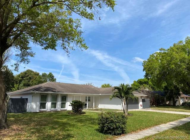 8018 Jozee Cir, Orlando, Fl, Other City - In The State Of Florida, FL 32836 (MLS #A11056148) :: Douglas Elliman