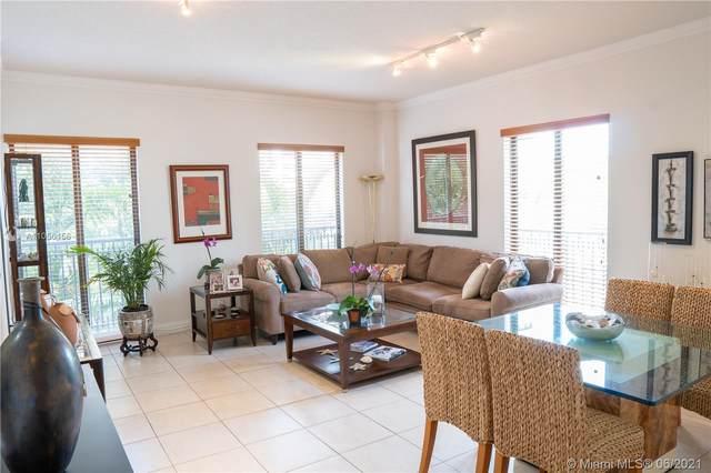 671 Biltmore Way #203, Coral Gables, FL 33134 (MLS #A11056156) :: Berkshire Hathaway HomeServices EWM Realty