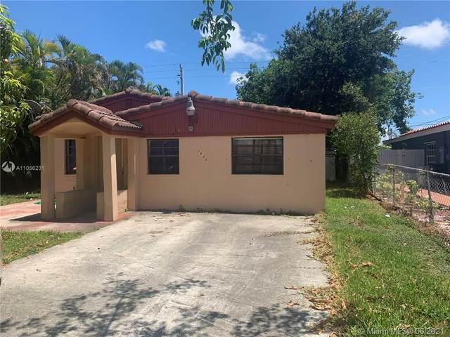 1432 NE 183rd St, North Miami Beach, FL 33179 (MLS #A11056231) :: The Riley Smith Group