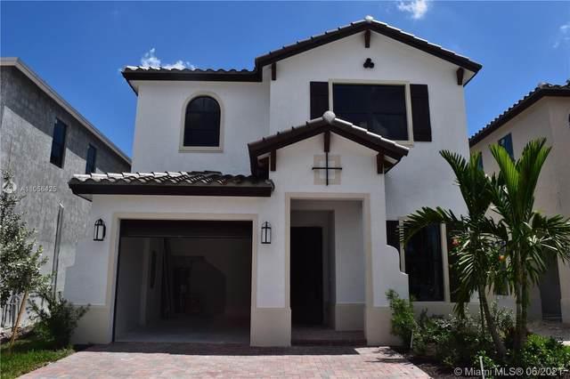 9709 W 34th Ln, Hialeah, FL 33018 (MLS #A11056425) :: Douglas Elliman