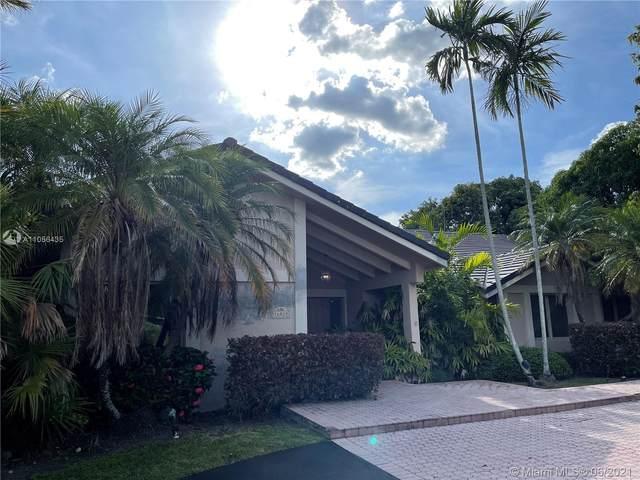 16020 SW 80th Ave, Palmetto Bay, FL 33157 (MLS #A11056435) :: Vigny Arduz | RE/MAX Advance Realty