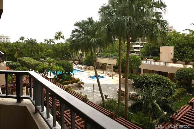 251 Crandon Blvd #306, Key Biscayne, FL 33149 (MLS #A11056616) :: The Paiz Group