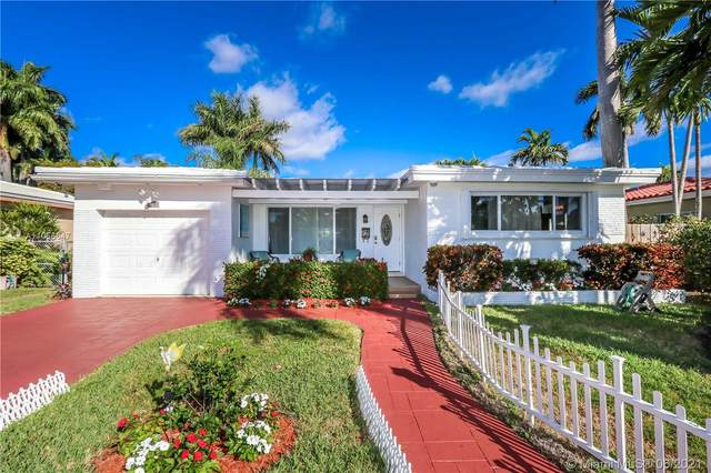 927 Lincoln St, Hollywood, FL 33019 (MLS #A11056647) :: Prestige Realty Group