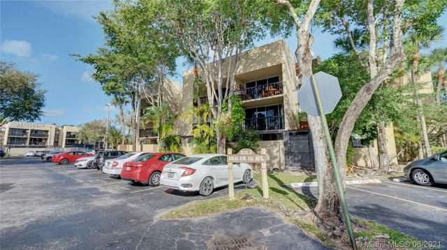 10835 SW 112th Ave #103, Miami, FL 33176 (MLS #A11056828) :: Rivas Vargas Group
