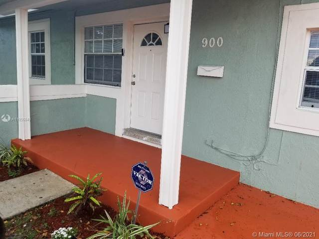 900 NW 13th St, Fort Lauderdale, FL 33311 (MLS #A11056849) :: Castelli Real Estate Services