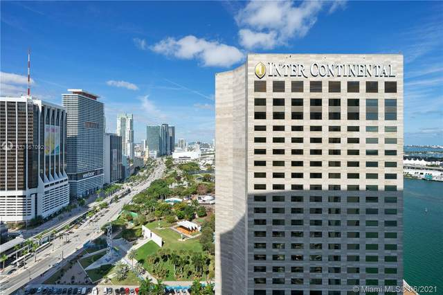 335 S Biscayne Blvd #3200, Miami, FL 33131 (MLS #A11057092) :: The Jack Coden Group