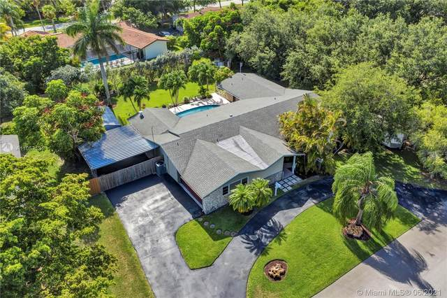 17637 SW 86th Ave, Palmetto Bay, FL 33157 (MLS #A11057131) :: Onepath Realty - The Luis Andrew Group