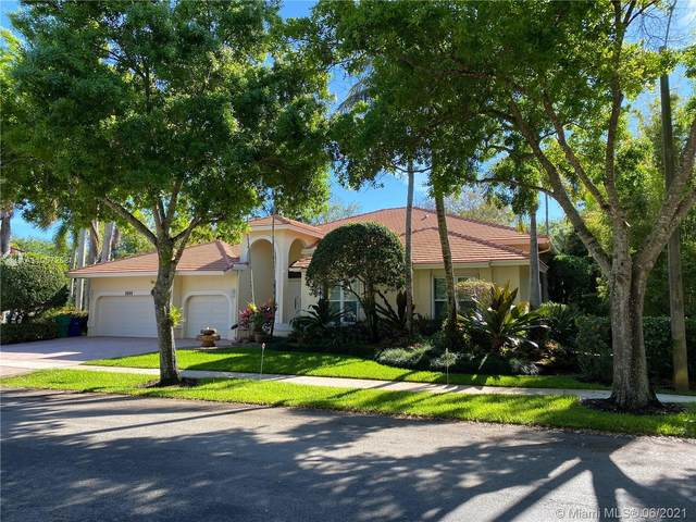 3845 Carson Ave, Cooper City, FL 33026 (MLS #A11057258) :: United Realty Group