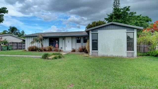 406 NW 17th Court, Homestead, FL 33030 (MLS #A11057417) :: Green Realty Properties