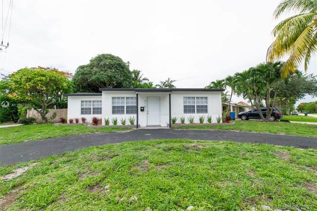316 NW 47th St, Oakland Park, FL 33309 (MLS #A11057859) :: The Teri Arbogast Team at Keller Williams Partners SW