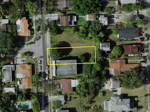 1001 SW 15th Ave, Miami, FL 33135 (MLS #A11057911) :: The Teri Arbogast Team at Keller Williams Partners SW
