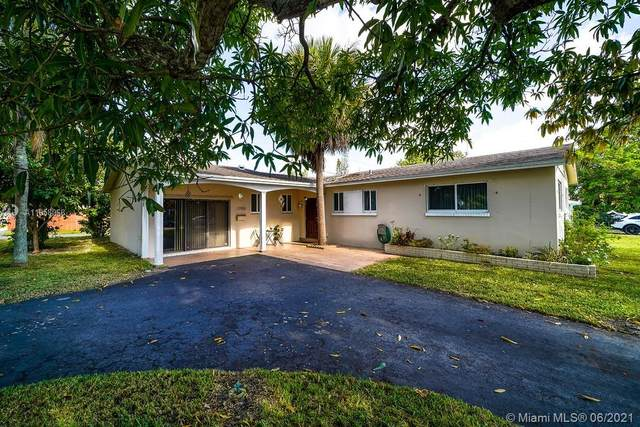 1700 N 32nd Ct, Hollywood, FL 33021 (MLS #A11058068) :: Equity Realty