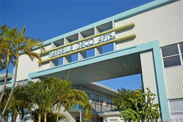1275 Marseille Dr #136, Miami Beach, FL 33141 (MLS #A11058085) :: Carlos + Ellen