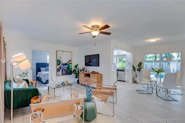 6941 NW 24th St, Sunrise, FL 33313 (MLS #A11058190) :: Search Broward Real Estate Team